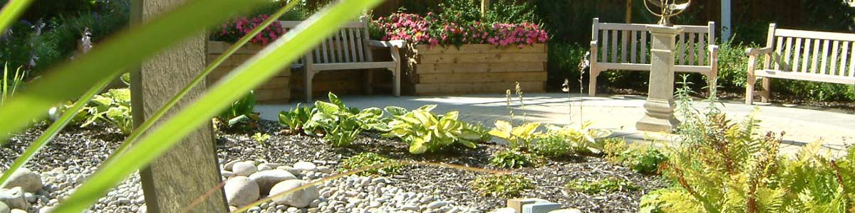 We offer comprehensive high quality hard and soft landscaping services.